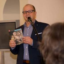 Ředitel ZČG Roman Musil, autor výběru 37 děl ze sbírek instituce